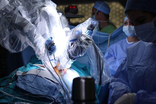 robot-hirurg